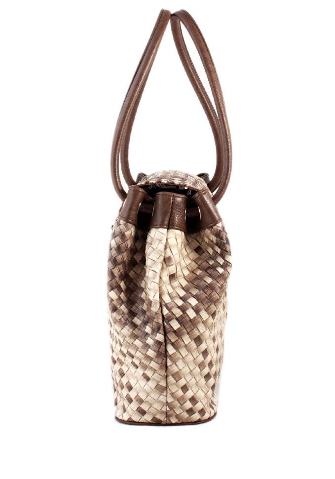 сумка-кисет блестящая коричневая на двух лямках