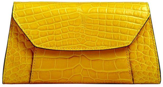 желтый клатч рептилия