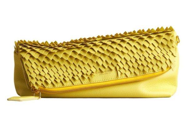 клатч желтый кожаный
