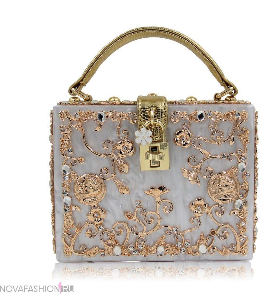 сумка-чемодан серебро с золотыми вензелями