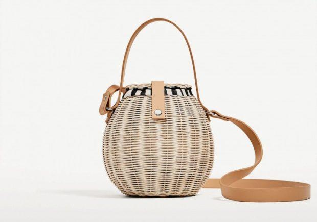 сумка плетеная в ворме бочки с кожаным ремнем