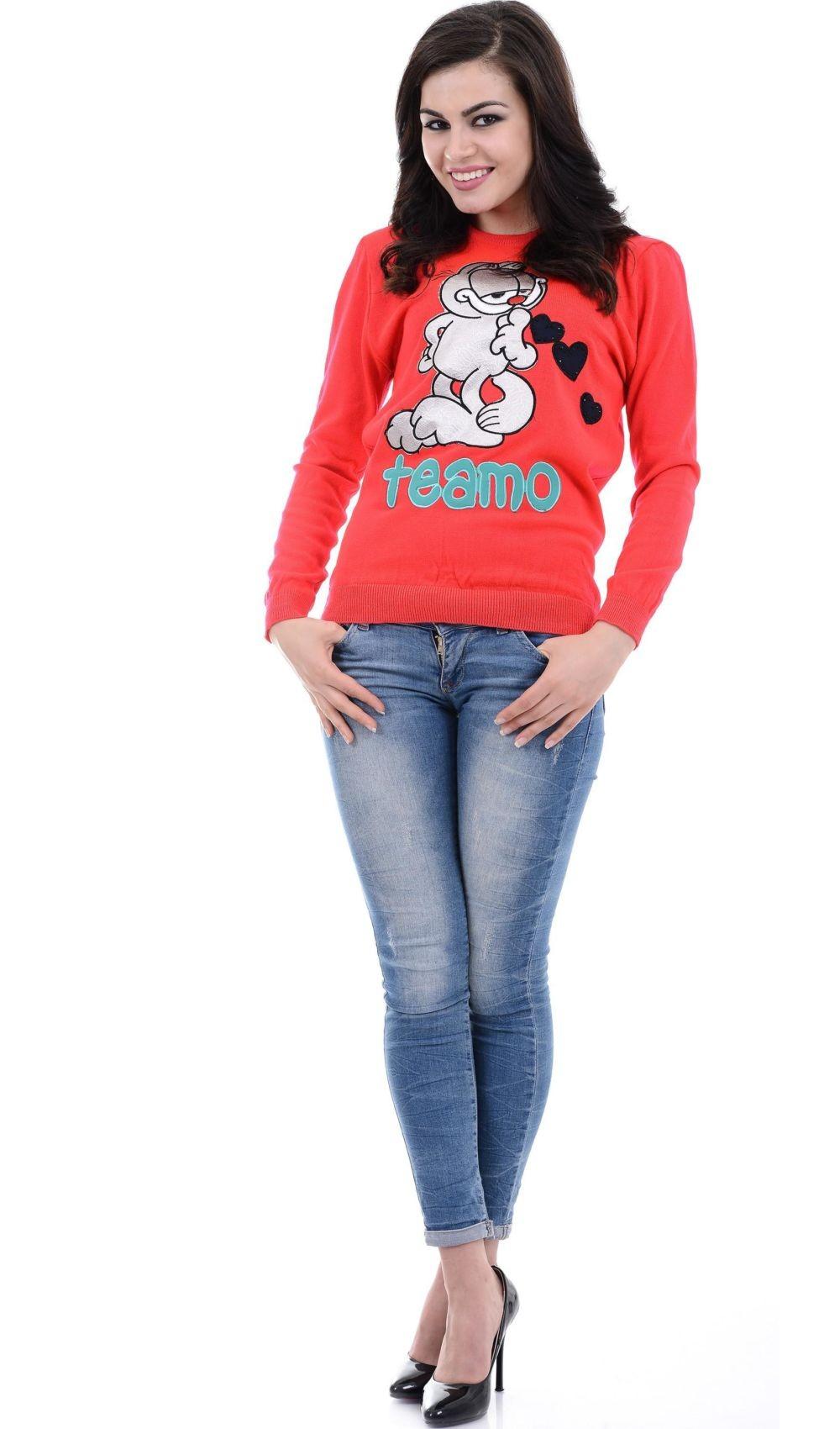 трикотажный свитер красный с рисунком