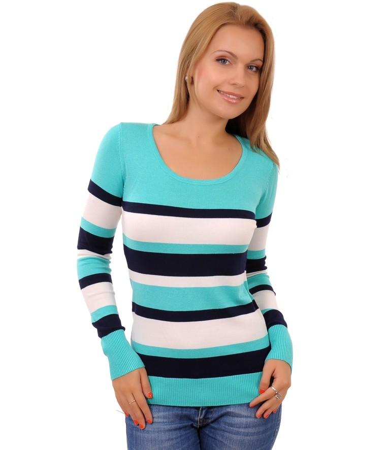 бирюзовый свитер в черно-белую полоску