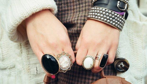украшения 2018-2019: большие кольца с камнями