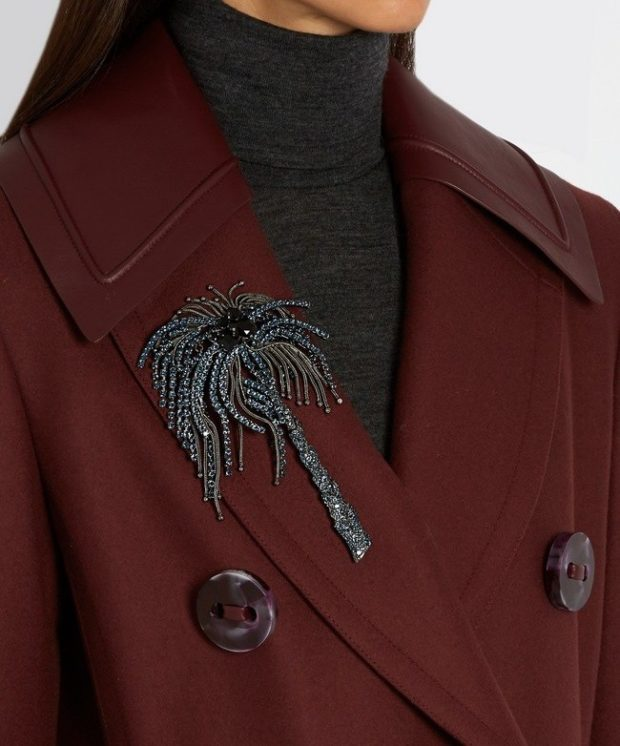 модная бижутерия 2018-2019: брошка скорпион серебро