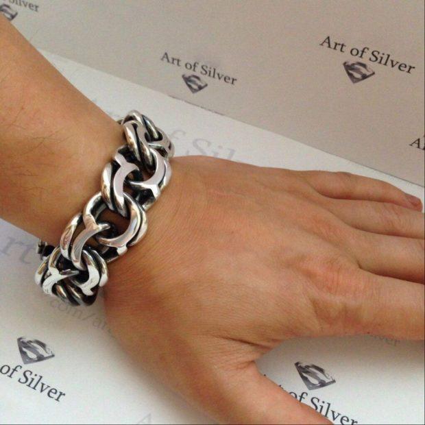 модная бижутерия 2018-2019: браслет крупная цепь серебро