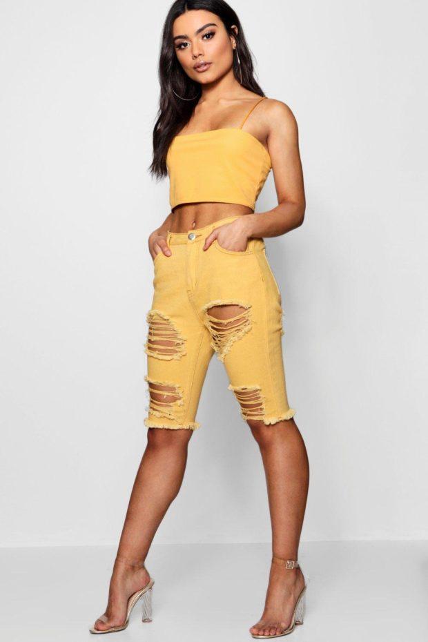 Модные шорты 2019 лето: желтые джинсовые рваные