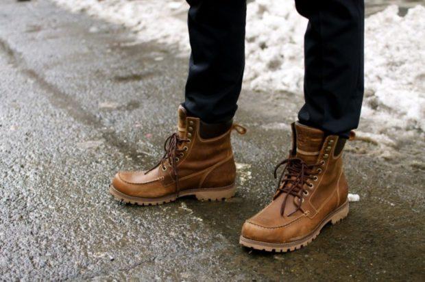 модная мужская обувь осень зима 2018-2019: ботинки коричневые на шнурках