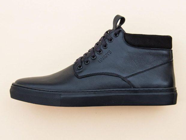 модная мужская обувь осень зима 2018-2019: кеды черные на шнурках