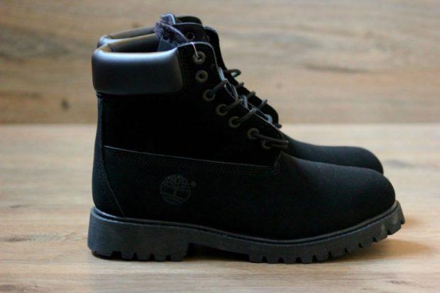 модная мужская обувь осень зима 2018-2019: черные ботинки нубуковые с мехом