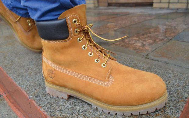 мужская обувь осень зима 2018-2019: ботинки бежевые высокие на шнурках