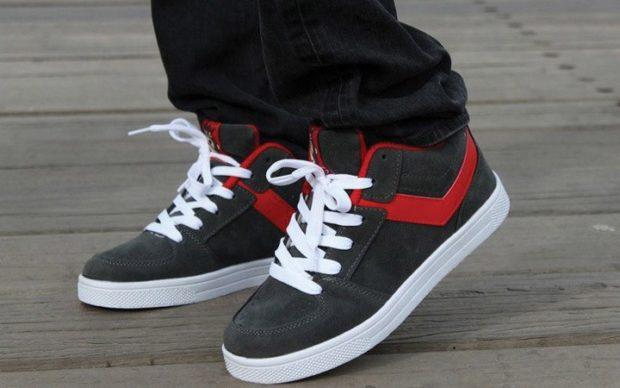 мужская обувь осень зима 2018-2019: кроссовки черные с белым и красным