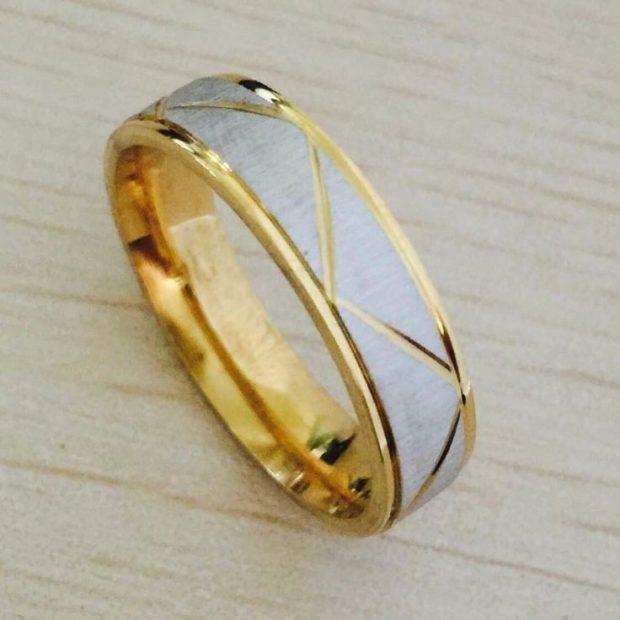 кольцо из желтого и белого золота