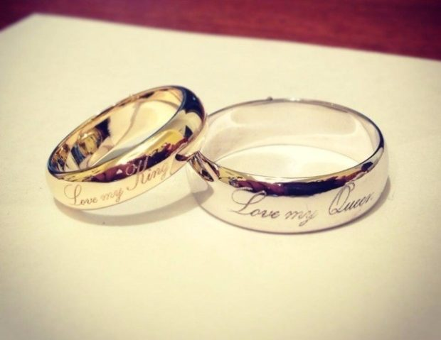 кольцо золотое на свадьбу с надписями