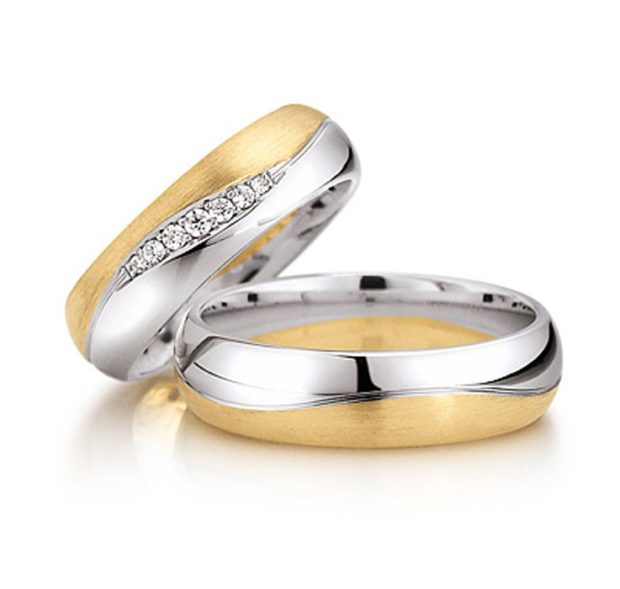 кольцо белое и желтое золото женское с камнями