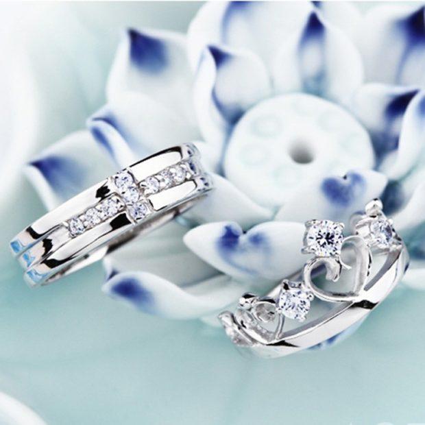 кольца из белого золота мужское с камушками женское с сердечками и камнями