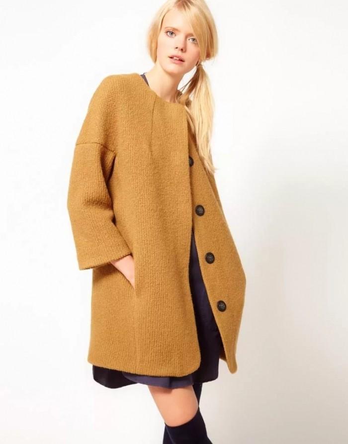 бежевое пальто широкое с пуговицами