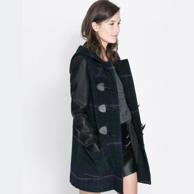 palto-s-kozhanymi-rukavami