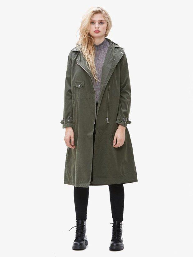 zelenoe-palto-svobodnoe