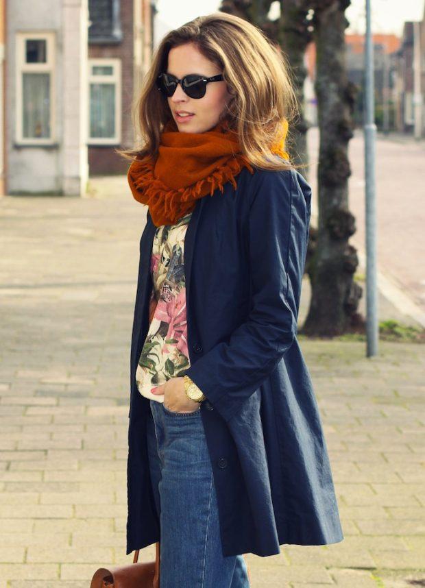 синие пальто с палантином