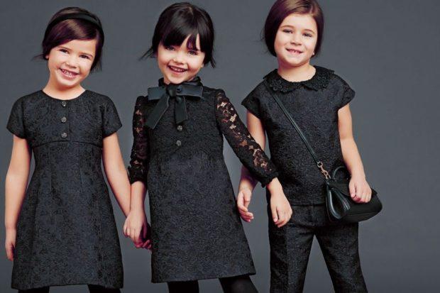 Школьная мода 2019-2020: ажурные черные платья брюки черные блузка с коротким рукавом
