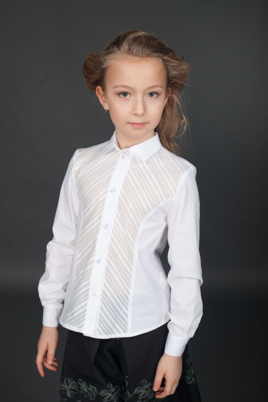 блузка белая с прозрачным декором