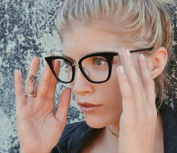 модные очки солнцезащитные 2018 2019 женские: с прозрачными линзами оправа пластмасс черный