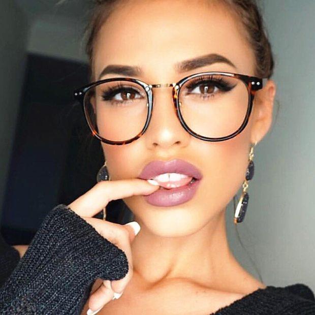 солнцезащитные очки 2018 2019 женские тренды: с прозрачными линзами массивные круглые