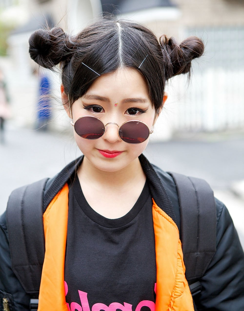 модные солнечные очки 2018 2019 женские: ленноны черные