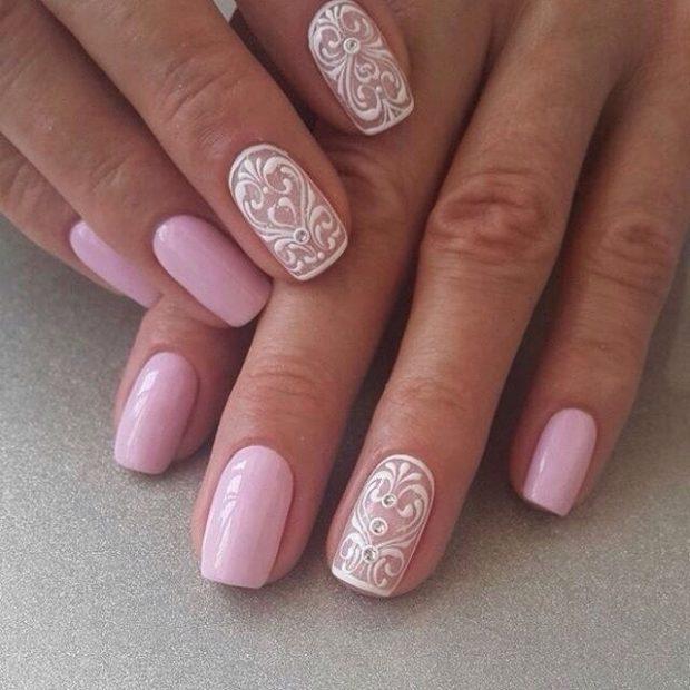 нейл-арте розового цвета