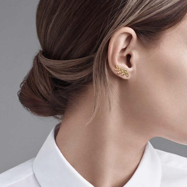 модные ювелирные украшения 2019-2020: серьги лавровый лист TIFFANY