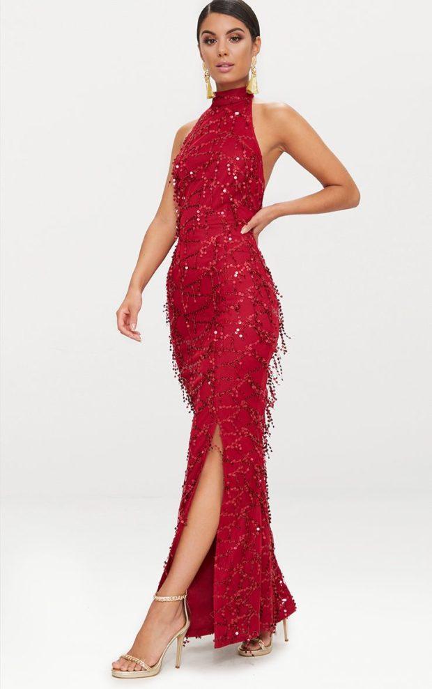 платья на Новый год: красное с блестками