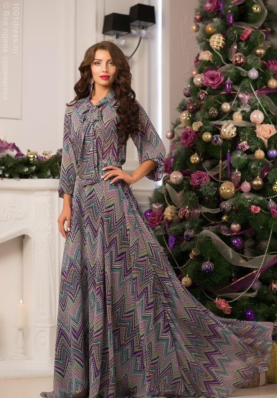 платья с геометрическим рисунком шифоновое длинное с длинным рукавом