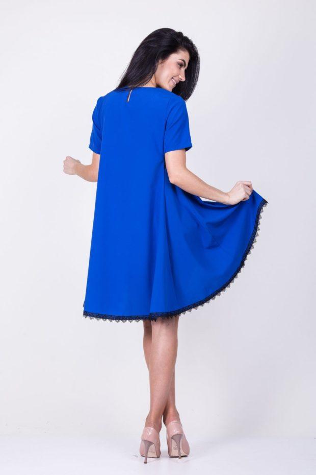 вечерние новогодние платья: трапеция синее с кружевом внизу