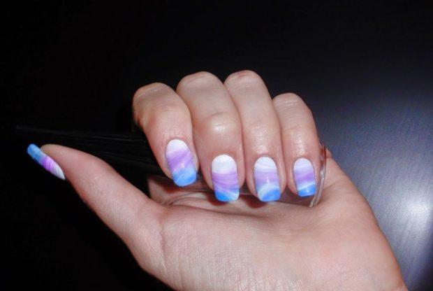 водный маникюр фиолетовый голубой белый гель лак
