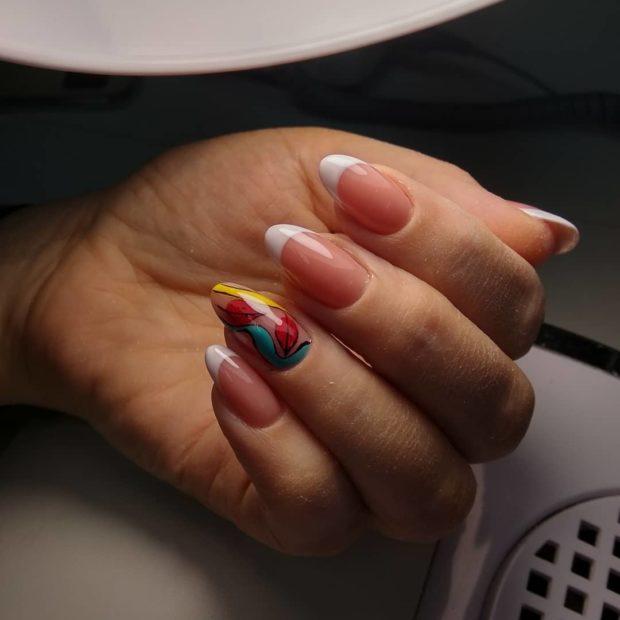 френч на ногтях фото 2018-2019 новинки белый с рисунком