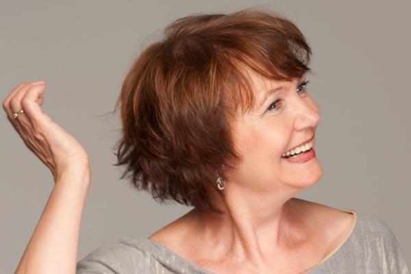женская стрижка на средние волосы 2018. После 55 лет