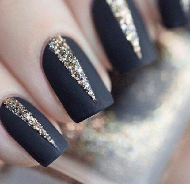 арочное наращивание ногтей гелем черное с золотом треугольником фото