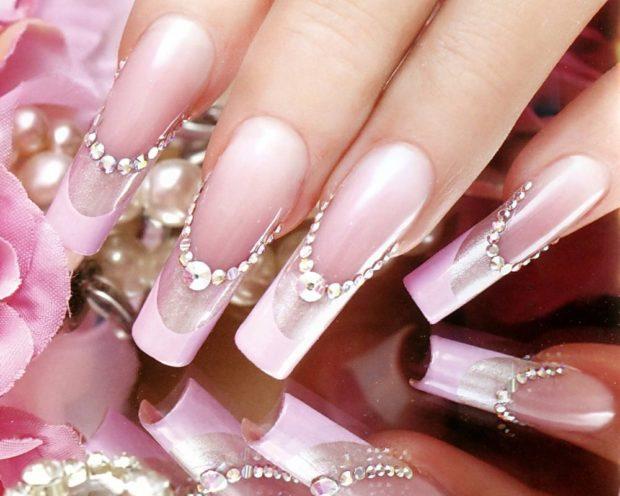 арочный маникюр френч розовый с камушками моделирование