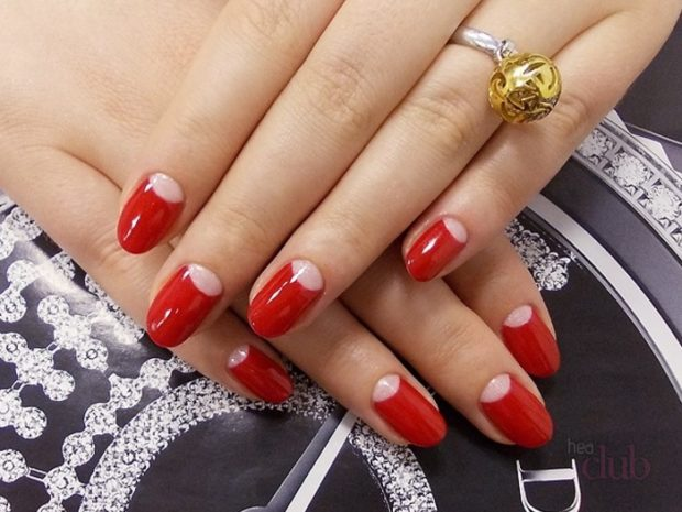 шеллак лунный маникюр красный дизайн ногтей