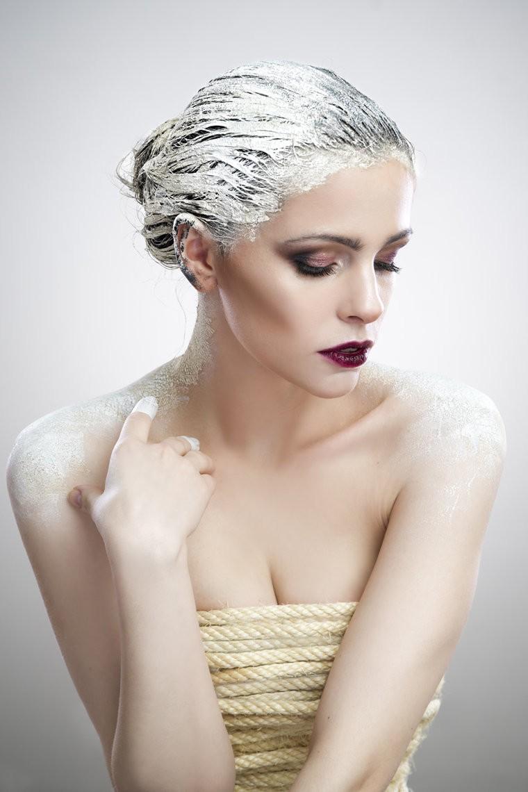 волосы в маске