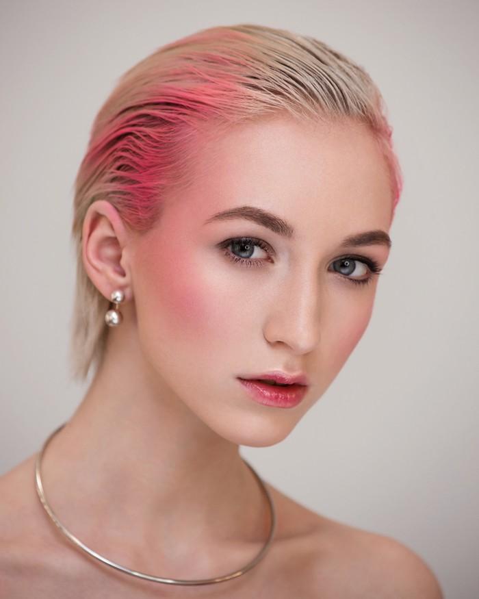 Дрейпинг розовый яркий