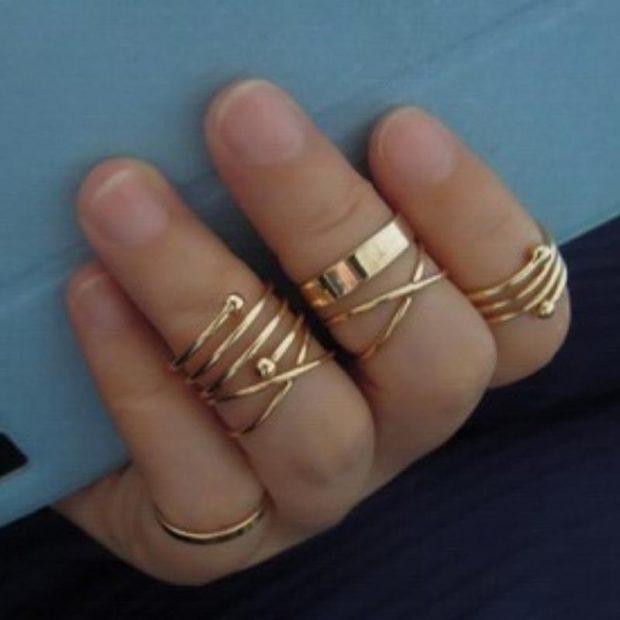 как носить кольца на пальцах женщине: на верхние фаланги пальца