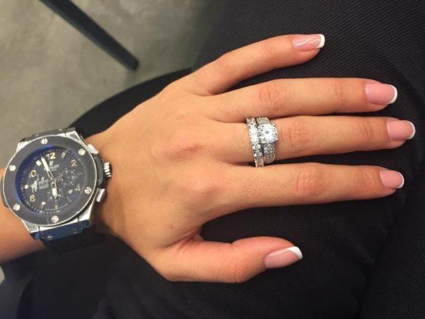 кольцо двойное с камнями