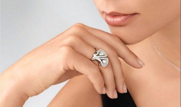 оригинальное кольцо лепестки цветков