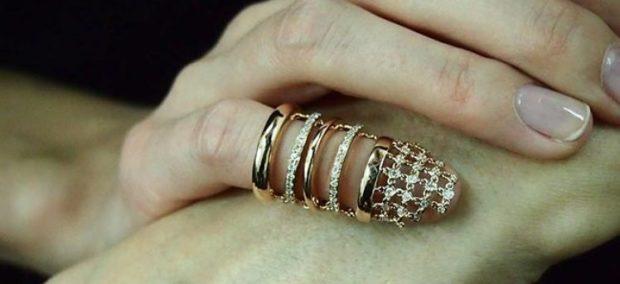 кольцо золото на мизинец