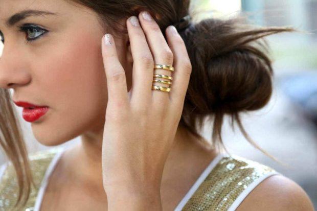как носить кольца на пальцах женщине: многослойное