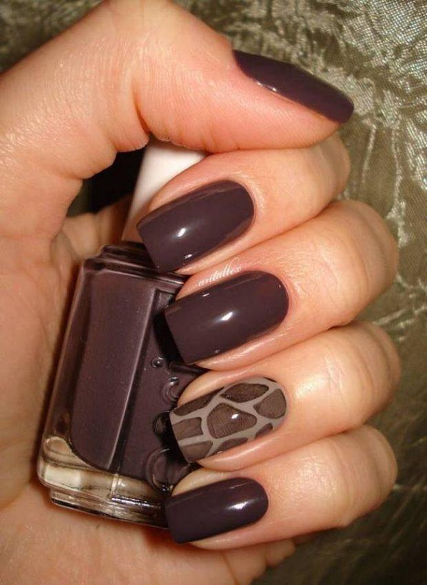 коричневый маникюр дизайн на одном ногте