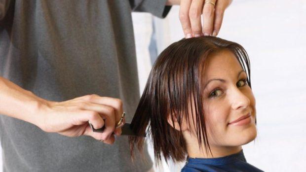 смело стригите волосы в этот день