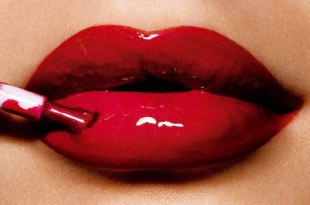 глянцевые губы красные